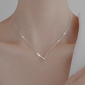 *NEW 925 Sterling Silver Diamond Spike Necklace